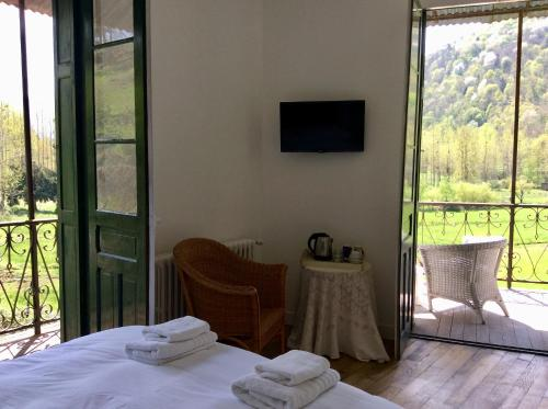Le Grand Chalet : Bed and Breakfast near Castelbiague