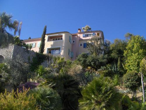 B&B - Villa Coste d'Or : Bed and Breakfast near Grasse