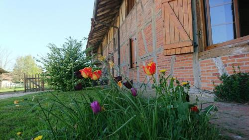 A La Poularde B&B : Bed and Breakfast near Servignat