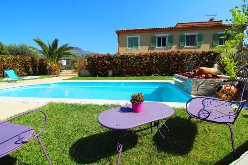 COTE D'AZUR DANS LE PARADIS : Guest accommodation near Gilette