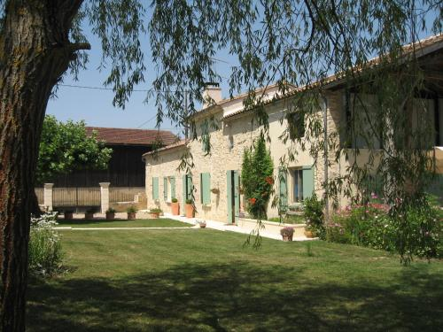 La Dorépontaise : Guest accommodation near Loupiac-de-la-Réole