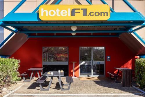 hotelF1 Saint Witz : Hotel near Fosses