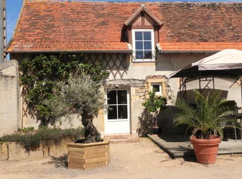 Domaine de la Guinchère : Guest accommodation near Liernolles