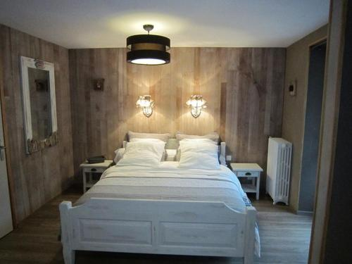 Le Patio de Luchon : Bed and Breakfast near Castillon-de-Larboust