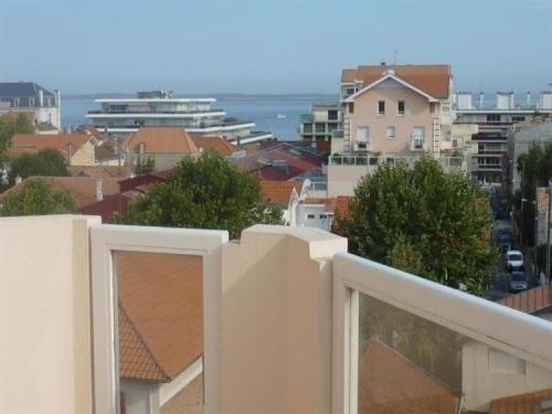Apartment Centre ville - proche plage et commerces : Apartment near Arcachon