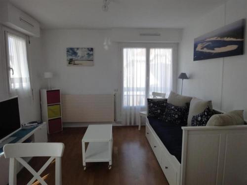 Apartment Centre ville-proche plage-coquet t2 : Apartment near Arcachon