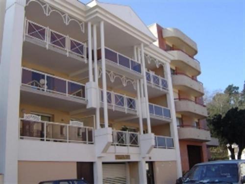 Apartment Centre ville - deux chambres - proche de la rue piétionne : Apartment near Arcachon