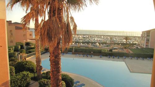 les rivages de coudouliere - vue mer - piscine : Apartment near Six-Fours-les-Plages