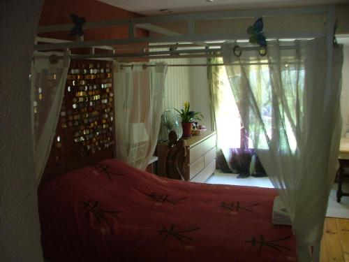 le frangipanier : Bed and Breakfast near Le Barroux