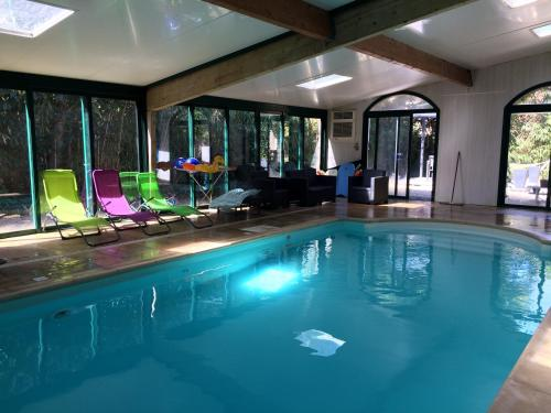La Parenthèse avec piscine - les impressionnistes : Guest accommodation near L'Isle-Adam