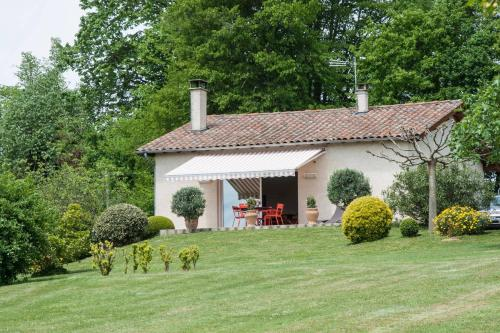 Gite Au Bouzigues : Guest accommodation near Barthe