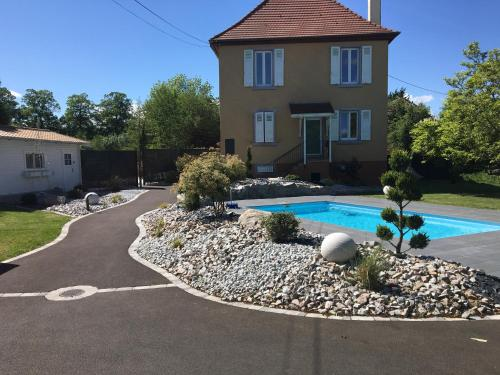 Les Rives des Habsbourg : Guest accommodation near Blodelsheim