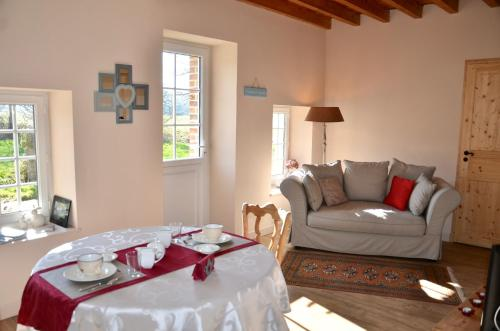 Domaine de la Ronville : Bed and Breakfast near Maninghen-Henne