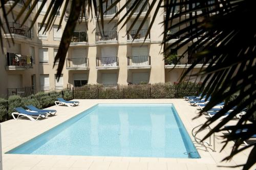 Aparthotel Adagio Access Bordeaux Rodesse : Guest accommodation near Talence