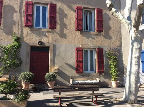 Relais Cathare : Bed and Breakfast near Conilhac-Corbières