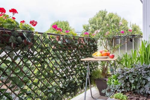 Appartement proche de Paris : Bed and Breakfast near Colombes