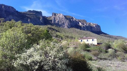 Les Terrasses du Paradis : Guest accommodation near Saint-Genis