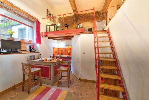 Appartement Nazareth - Duplex Hyper Centre (Carmes) : Apartment near Toulouse