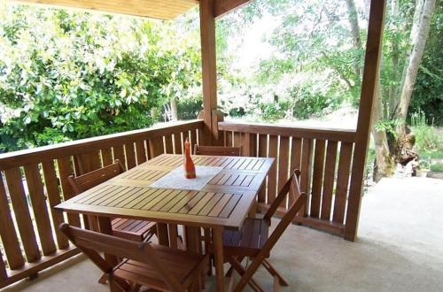 Holiday home Augeres 2 : Guest accommodation near Ars-les-Favets