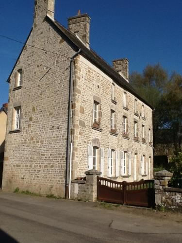 Le Bourg : Guest accommodation near Taillepied