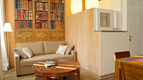 Little Suite - Célestine : Apartment near La Madeleine