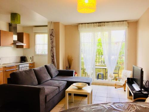 Ground Floor Apartment with Garden : Apartment near Bouleurs