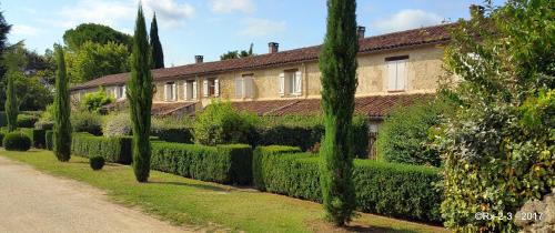 Domaine de la Brette : Guest accommodation near Sainte-Maure-de-Peyriac