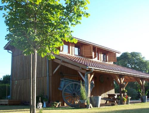 La Roulotte de la Vallée du Lot : Guest accommodation near Cours