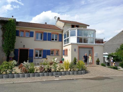 Chez Violette : Apartment near Mittersheim