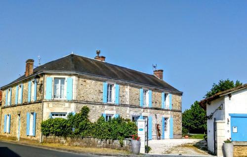 La maison de Thiré : Bed and Breakfast near Saint-Juire-Champgillon