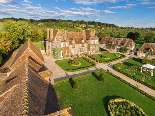 Manoir du Lieu Rocher : Bed and Breakfast near Olendon