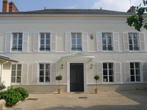 Cour 1865 : Bed and Breakfast near Brugny-Vaudancourt