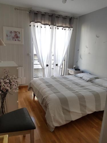 Chambre chez l'habitant : Guest accommodation near Fresnes