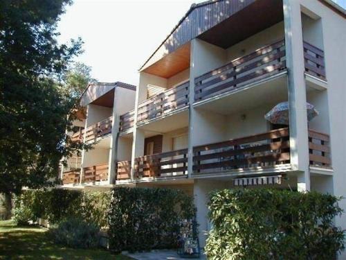 Apartment St georges de didonne, appartement dans petite residence proche plage : Apartment near Semussac