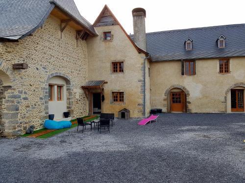 Peyo et Foodie : Bed and Breakfast near Escou