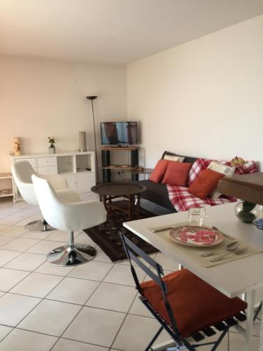 Appartement Saint Jean : Apartment near Marseille 11e Arrondissement