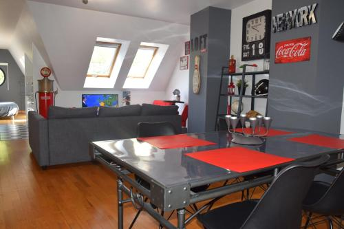 Amiens LOFT : Apartment near Dommartin