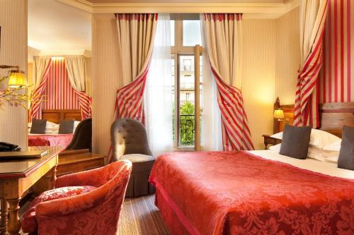 Au Manoir Saint Germain : Hotel near Paris 6e Arrondissement