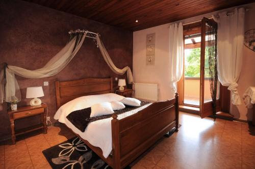 Chambres d'hôtes Fahrer-Ackermann : Bed and Breakfast near Saint-Hippolyte