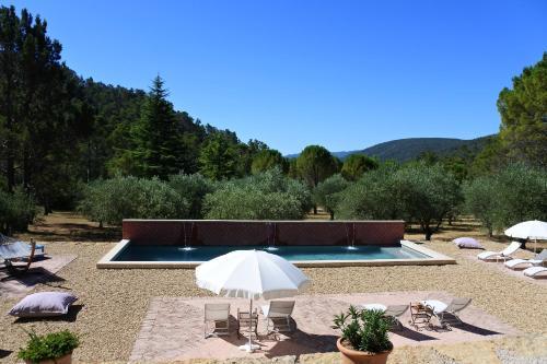 La Bastide de la Provence Verte : Guest accommodation near Garéoult