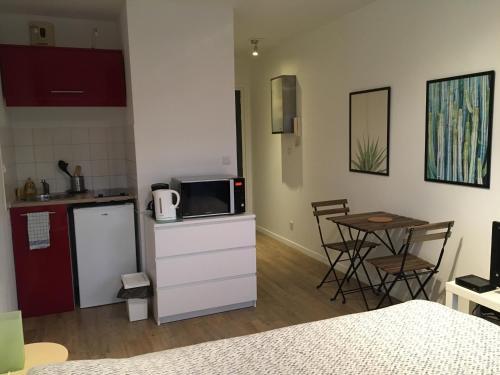 Le Pacific Lille Euralille : Apartment near Mons-en-Barœul