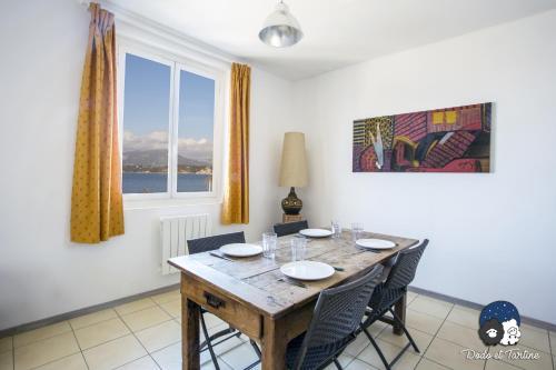 Two Bedrooms Apartment Sea View - Dodo et Tartine : Apartment near La Garde