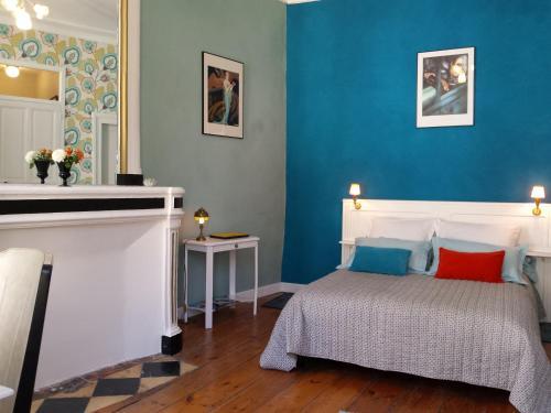 Beaux Esprits Chambres d'hôtes et Séminaires : Bed and Breakfast near Liez