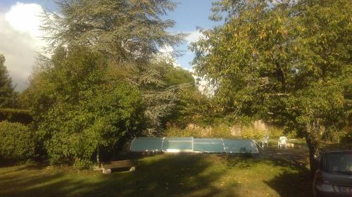 Le Jardin d'Eden : Bed and Breakfast near Bray-et-Lû
