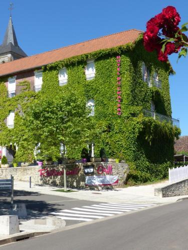 Hôtel du Château : Hotel near Lavergne