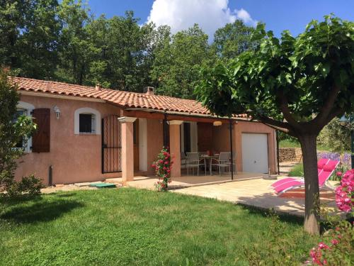 Maison de vacances - La Celle : Guest accommodation near La Roquebrussanne