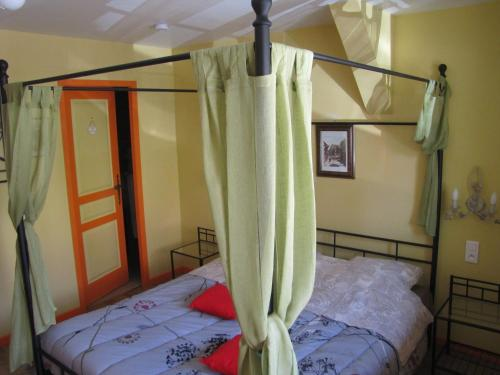 Chambres d'hôtes l'Erable : Bed and Breakfast near Ostheim