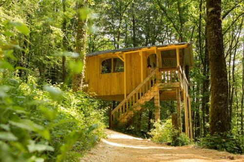 Le Bout Du Monde : Guest accommodation near Brignac-la-Plaine