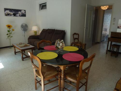 Guirao : Apartment near Narbonne