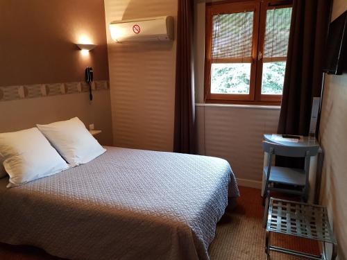 Monhotel : Hotel near Saint-Sorlin-en-Valloire